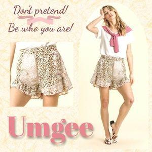 Umgee Mixed Animal & Floral Print Ruffled Shorts